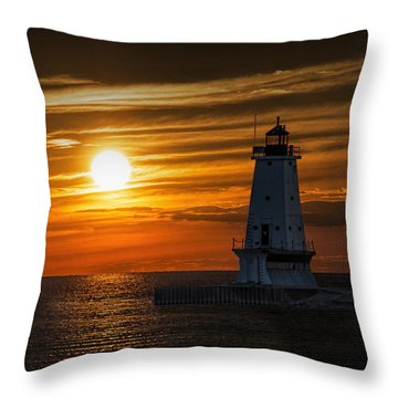 Ludington Pier Lighthead At Sunset Throw Pillow