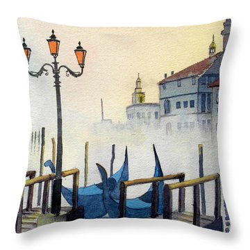 Lumi Di Candelbro Throw Pillow