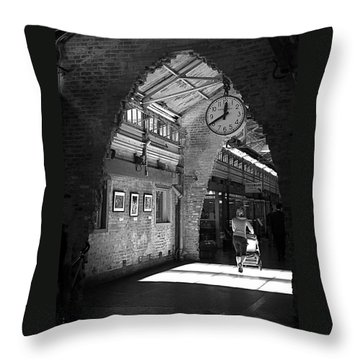 Throw Pillow featuring the photograph Lunchtime At Chelsea Market by Rona Black