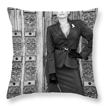 Magnificent Obsession Bw Palm Springs Throw Pillow by William Dey