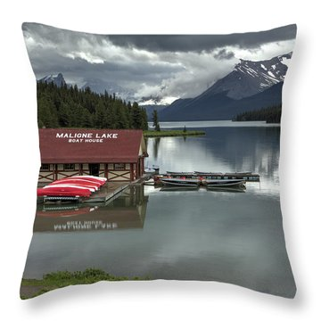 Maligne Lake Jasper Park Throw Pillow