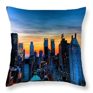Manhattan At Sunset Throw Pillow