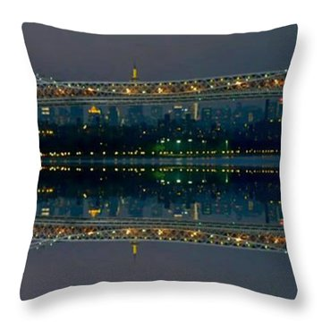 Manhattan Bridge New York Throw Pillow