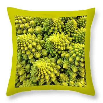 #many_nio Throw Pillow