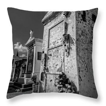 Marie Laveau's Tomb 2 Throw Pillow