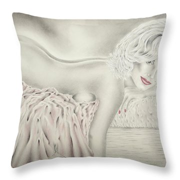 Marilyn Monroe Reclining Nude Throw Pillow