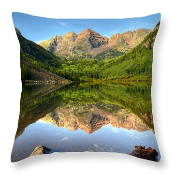 Maroon Bells And Maroon Lake Throw Pillow by Ken Smith