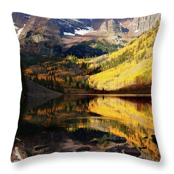Maroon Bells Autumn Throw Pillow