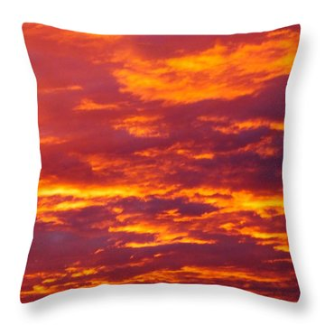 Matin De Feu Throw Pillow