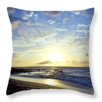 Throw Pillow featuring the photograph Maui Blast by Suzette Kallen