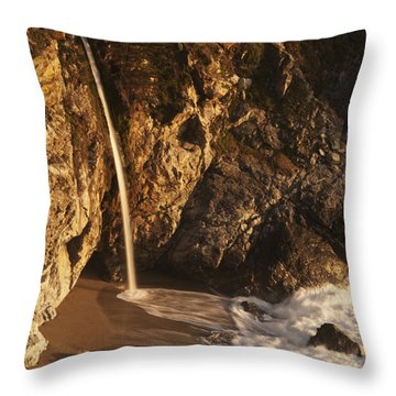 Throw Pillow featuring the photograph Mcway Falls 3 by Lee Kirchhevel