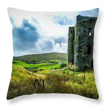 Medieval Dunmanus Castle On Ireland's Mizen Peninsula Throw Pillow