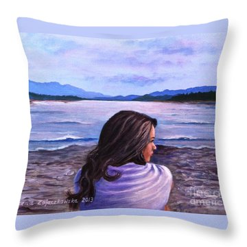 Melissa Throw Pillow