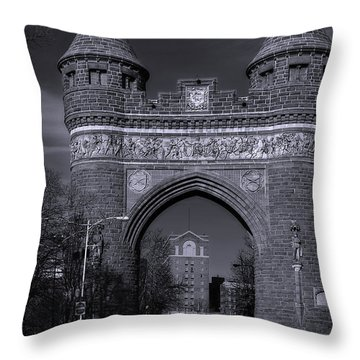 Memorial Arch Hartford Connecticut Throw Pillow