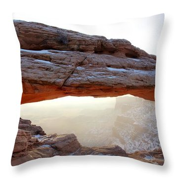 Mesa Arch Looking North Throw Pillow