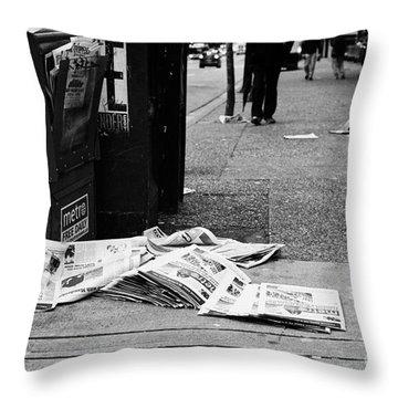 Metro Vancouver Throw Pillows
