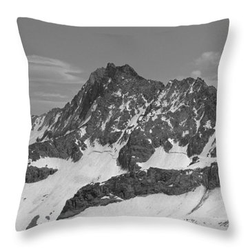 406429-e-middle Palisade Bw Throw Pillow