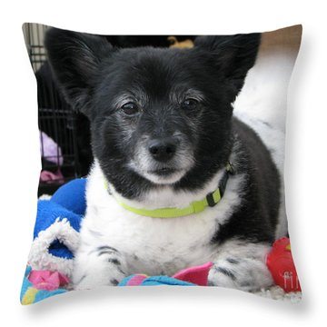 Miley 2 Throw Pillow