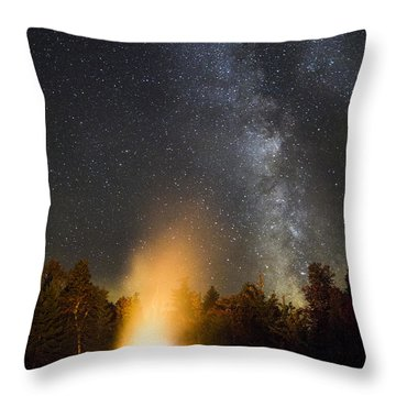 Milky Way At Flagstaff Hut Throw Pillow