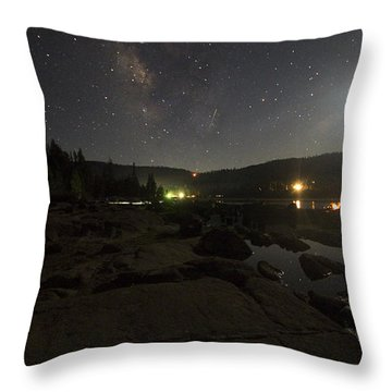 Milky-way Over Plasse's Resort - Silver Lake Throw Pillow