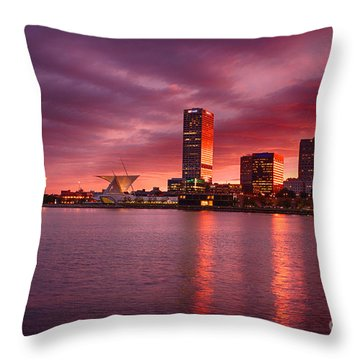 Milwaukee Sunset Throw Pillow