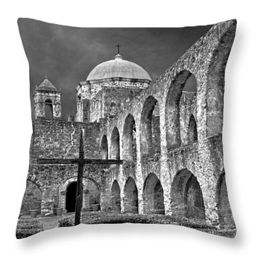 Mission San Jose Arches Bw Throw Pillow