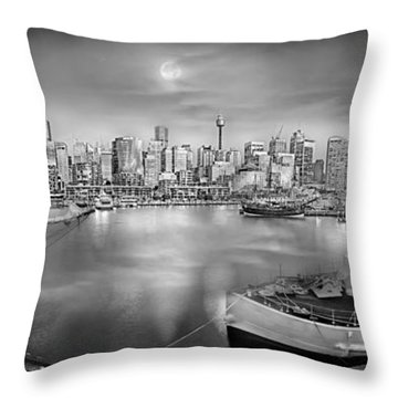 Misty Morning Harbour - Bw Throw Pillow