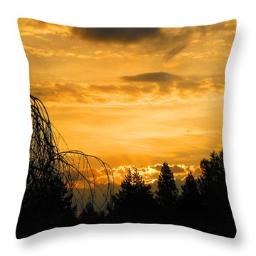 Modoc Sunrise Throw Pillow