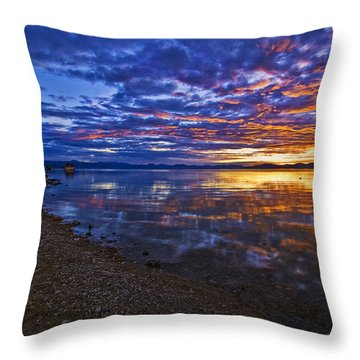 Throw Pillow featuring the photograph Mono Lake Sunrise by Priscilla Burgers