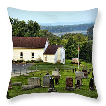 Morning At Goshen Throw Pillow