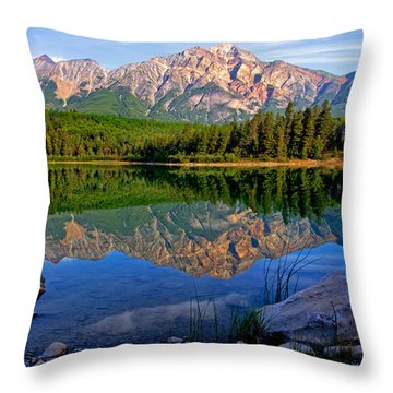 Morning At Pyramid Lake Throw Pillow