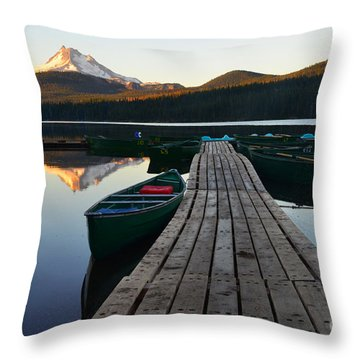 Morning Reflections With Mount Ranier Throw Pillow