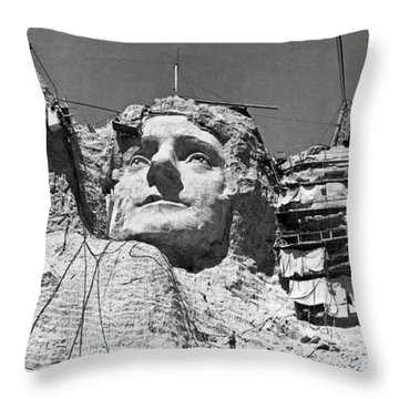 Mount Rushmore In South Dakota Throw Pillow by Underwood Archives