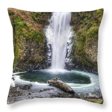 Multhomah Falls In Winter Throw Pillow by David Gn