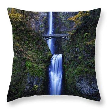 Multnomah Falls Throw Pillow