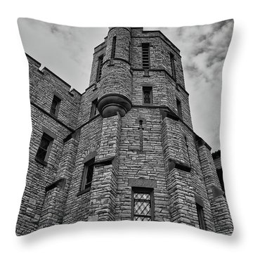 Museum At The Castle  8301 Throw Pillow by Guy Whiteley