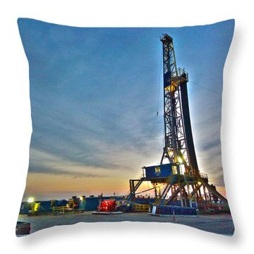 Throw Pillow featuring the photograph Nabors Rig In West Texas by Lanita Williams