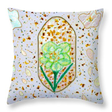 Narcissus Flower Petals Throw Pillow
