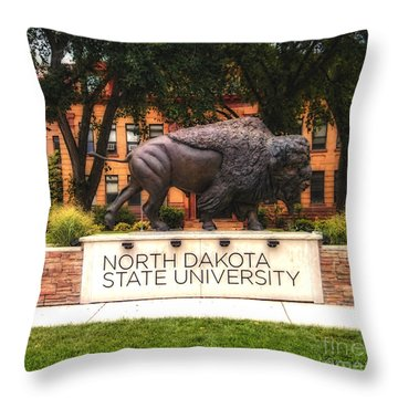 Ndsu Bison Throw Pillow