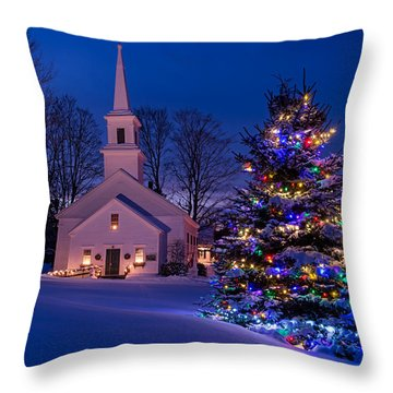 New England Christmas Throw Pillow