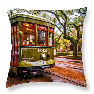 New Orleans Classique Oil Throw Pillow