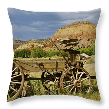 New Photographic Art Print For Sale Ghost Ranch New Mexico 13 Throw Pillow