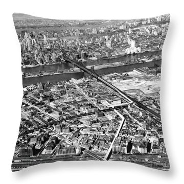 New York 1937 Aerial View  Throw Pillow by Underwood Archives