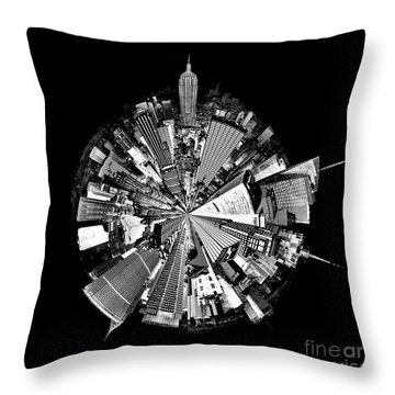 New York 2 Circagraph Throw Pillow
