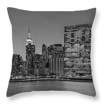 New York City Landmarks Bw Throw Pillow by Susan Candelario