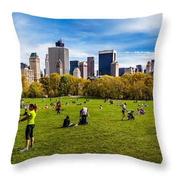 Life In New York City Throw Pillow