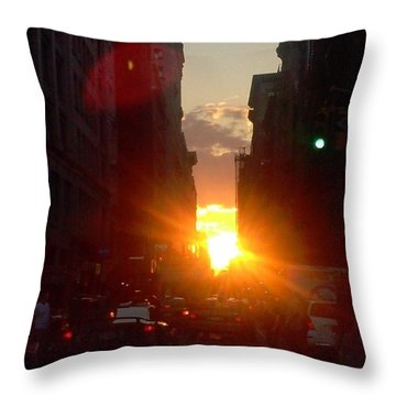 Sunset On W 17th St. Throw Pillow