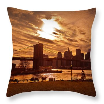 New York Skyline And Brooklyn Bridge -- Late Afternoon Throw Pillow