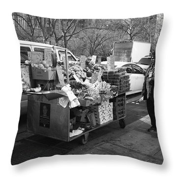 New York Street Photography 5 Throw Pillow by Frank Romeo