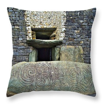 Newgrange Entrance Throw Pillow